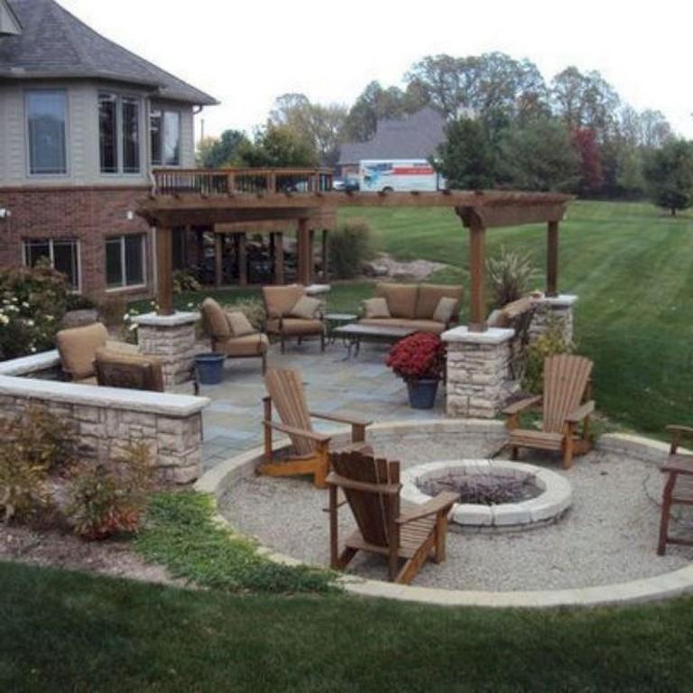 45 Amazing Backyard Fire Pit Design Ideas