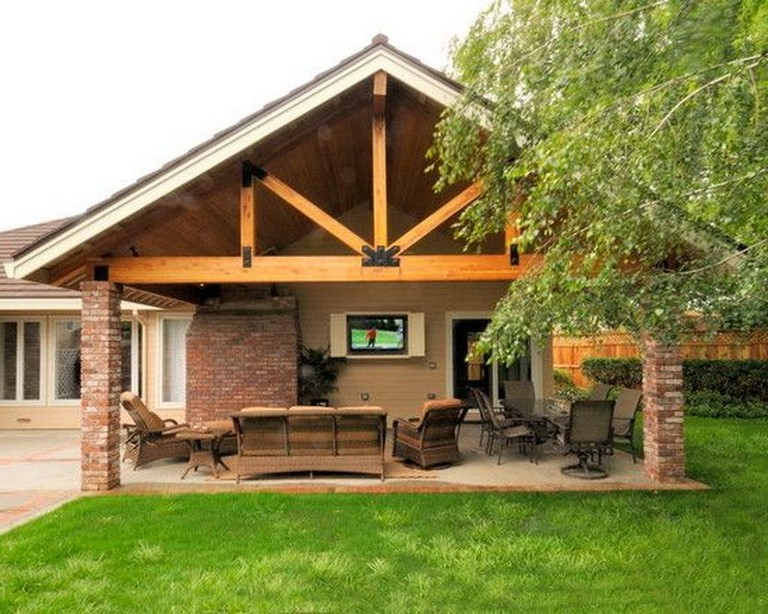 38 Top Rustic Porch Ideas To Decorate Your Beautiful Backyard