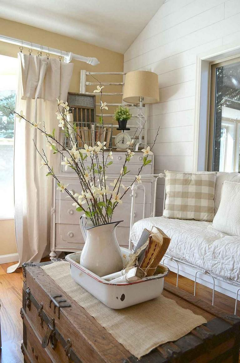 25+ Comfortable Farmhouse Sunroom Makeover Decor Ideas